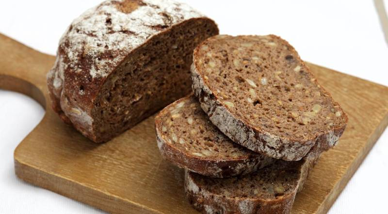 brown bread calories