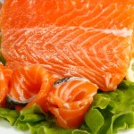 How many calories in salmon fillet